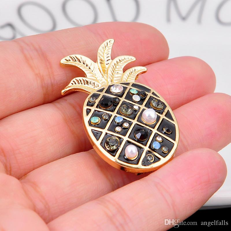 Cute Pineapple Brooch Pearl Rhinestone Fruit Pineapple Brooch Suit Lapel Pin Fashion Jewelry Gift for Love