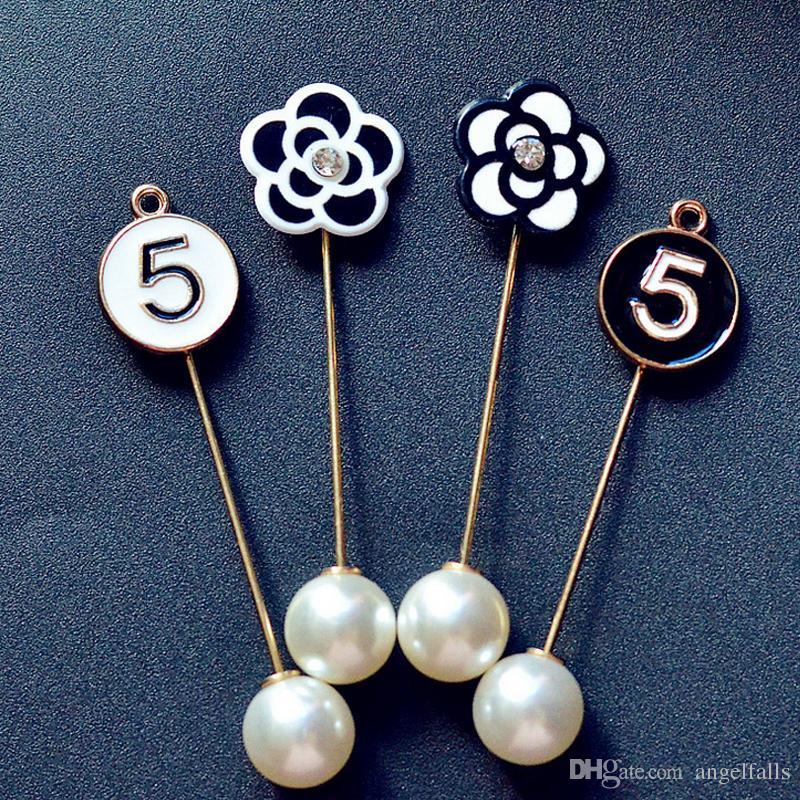 ddd408c73 2019 Women Men Camellia NO5 Designer Brooch Pin Pearl Brooch Suit ...