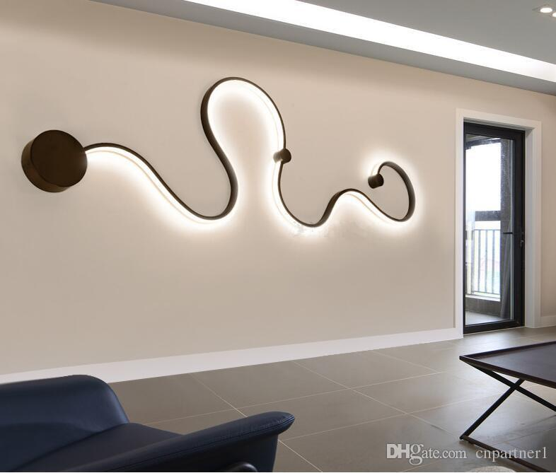 Nueva luz de la curva creativa serpiente LED lámpara Nordic Led cinturón aplique de pared superficie montada moderna Led luces de techo para sala de estar accesorio