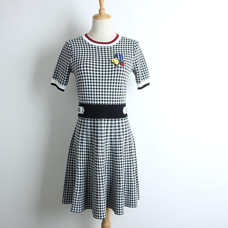 b47025cdb Compre 2019 Nueva Moda Vestido De Verano Adelgazante Kniting Una ...