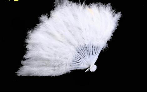 26cm Feather Hand Fan Dance Fancy Elegant Props Dress Wedding Costume Dance Folding Fan Halloween Phantom Party Supplies Festive Supplies