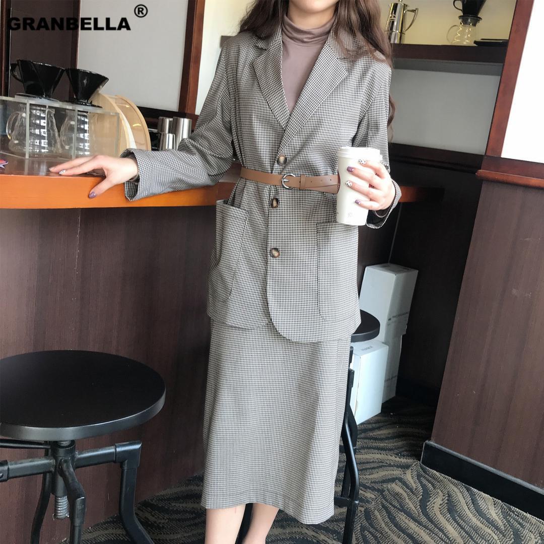 5ca256847c787 Spring Autumn Korean Fashion Women Plaid Blazer Suits Office Lady Vintage  Check Skirt And Blazer Jacket Set Business Clothing