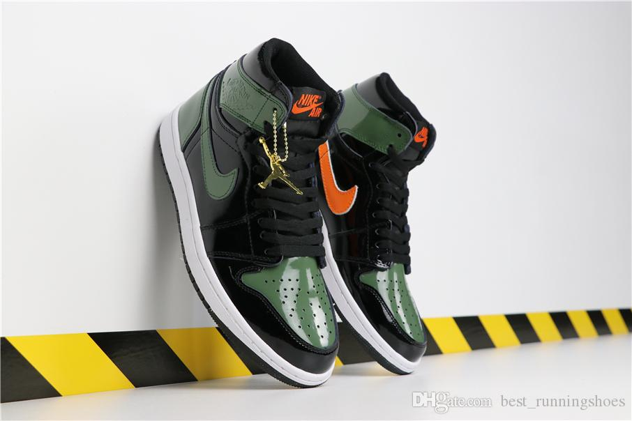 81173e23df70 2019 2019 New SoleFly X Jumpman 1 High OG Retros Team Orange Fir Green  Basketball Shoes AV3905 038 Retro 1s Mens Air Trainers Sports Sneakers From  ...