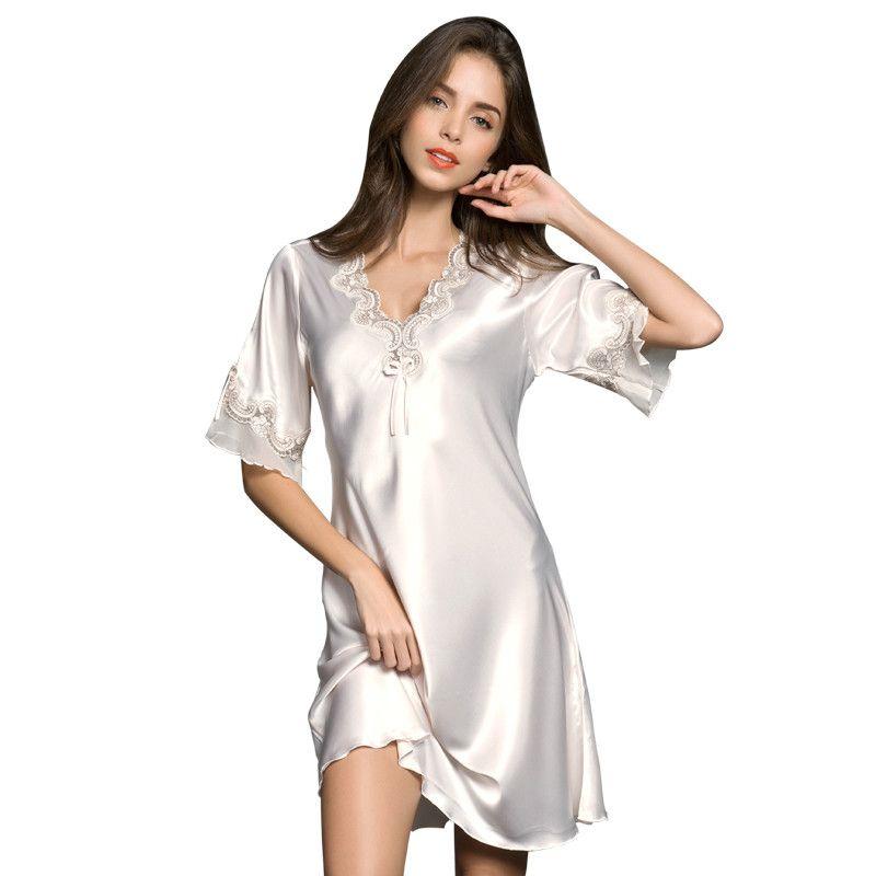 8a324793a4 Satın Al Kadın Saten Pijama Ipek Gecelik Yarım Kollu Nakış Gecelik Seksi Iç  Çamaşırı Bayanlar Kayma Elbise Artı Boyutu Kadın Nightie