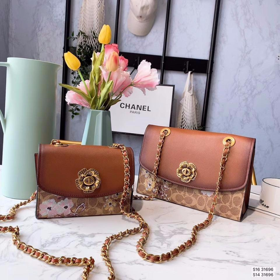 2019 Europe and the new fashion high-end wild Messenger bag portable small square bag shoulder bag high-end hot female 447330