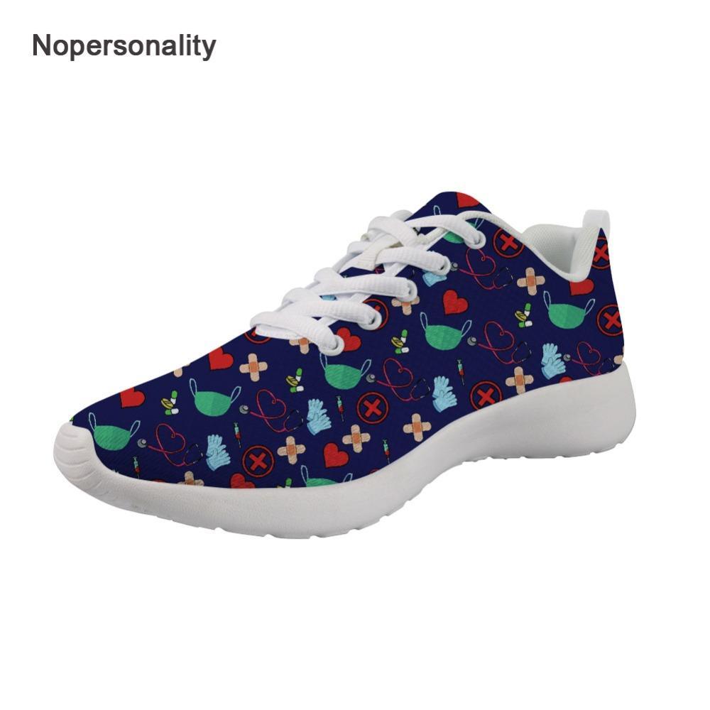 ce71dfb2 Compre Nopersonality Multicolor Nurse Pattern Sneakers Para Mujeres Ligeros  Zapatos De Enfermería Transpirable Para Mujer Damas Con Cordones Planos A  $48.32 ...