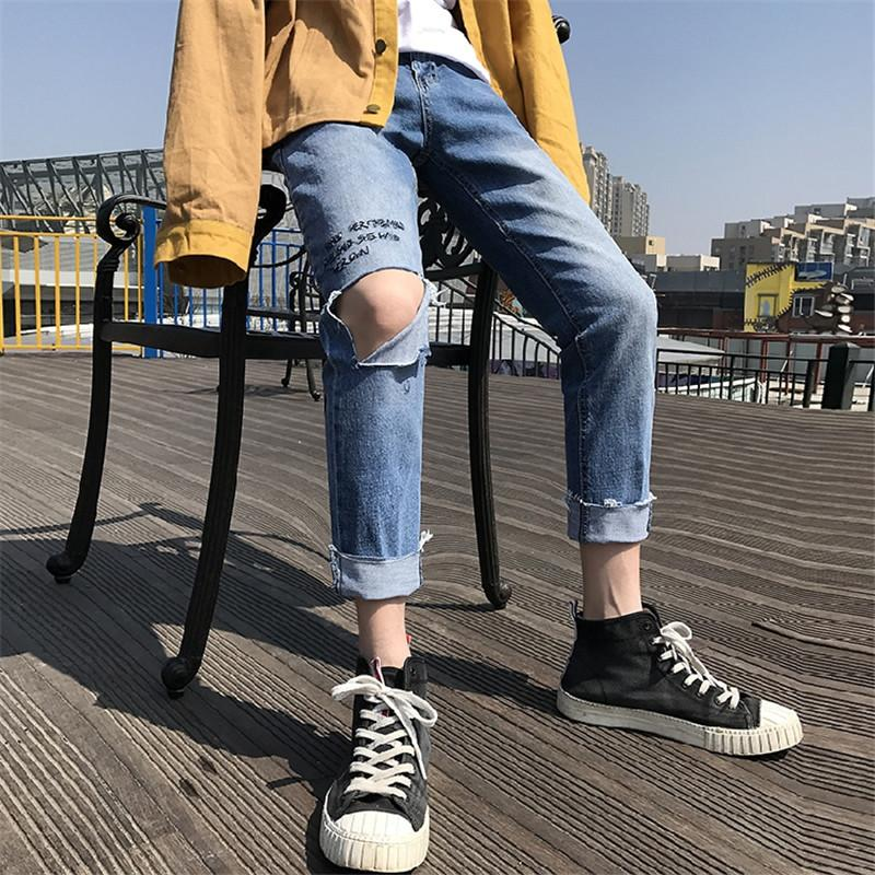 2019 New Men's Nine Points Pants Handsome Broken Hole Jeans Korean version of the Trend Male Pants Casual Pencil