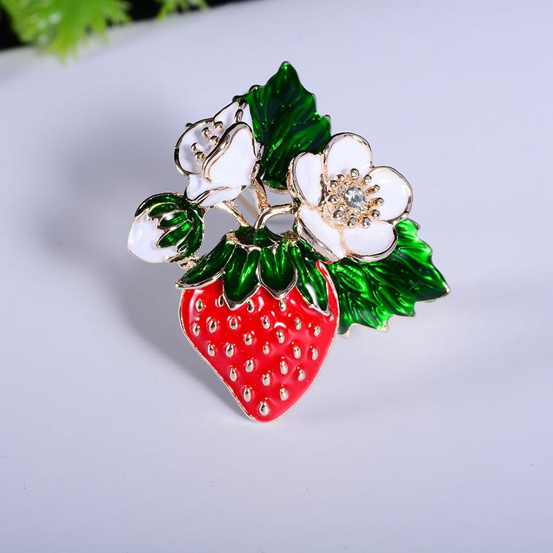 Oil Drop Flower Strawberry Brooches Jewelry Women Wedding Boutonniere Brand Designer Fashion Fruit Brooch Pins Accessories