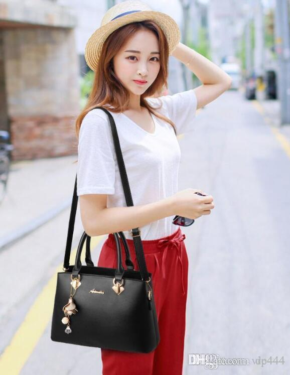 Large Capacity Bag Handbags Top Handles 2019 brand fashion designer luxury bags Evening Shoulder Hobo Crossbody Seller handbag fannypack