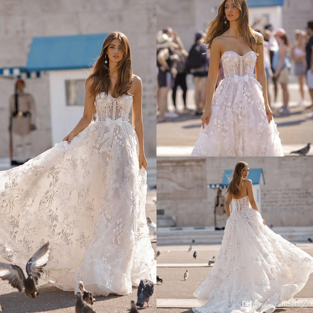 3D Floral Appliqued Beach Wedding Dresses 2019 New Berta Sweetheart Lace  Bridal Gowns Plus Size Tulle Boho Casual Wedding Dress