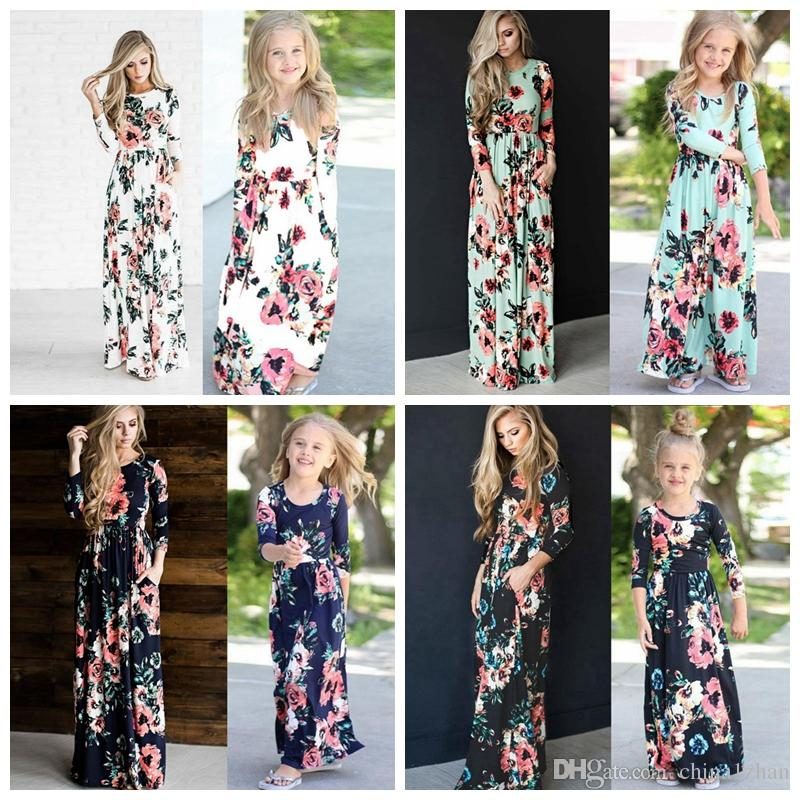 b080bd7fb5a7 Family Matching Outfits Floral Girls Mom Maxi Dresses Mother And Daughter  Holiday Dresses Kids Mommy Clothing 5 Designs Optional DHW2386 Family Party  ...