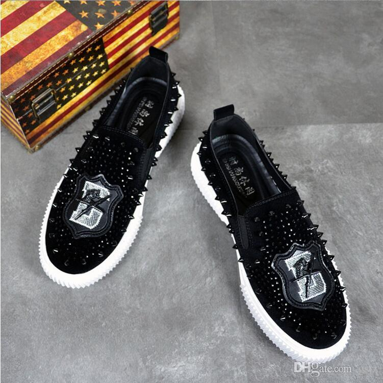 British style Fashion designer mens night club prom wear soft leather rivet shoes embroidery slip-on sneakers comfortable loafers J143