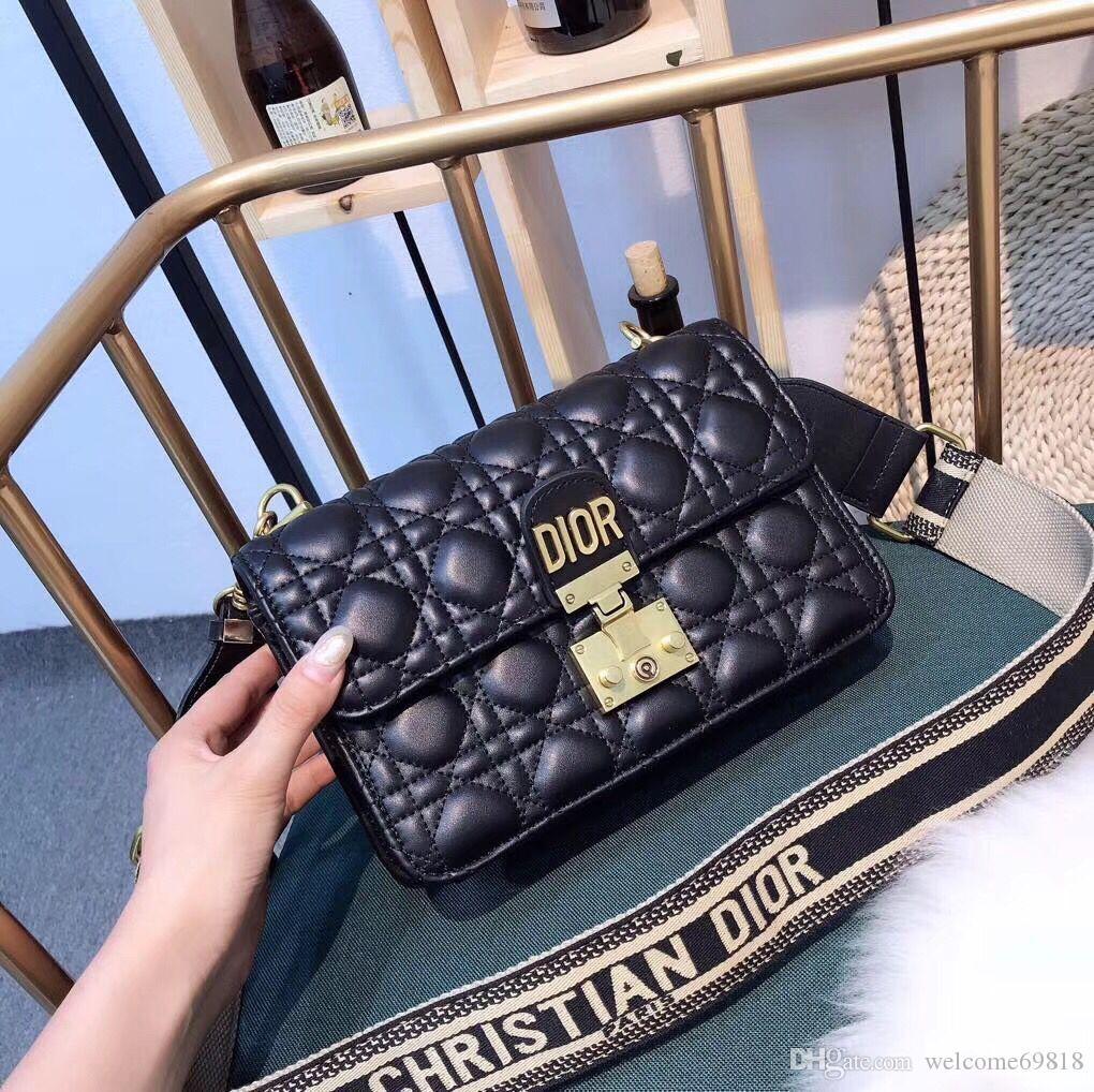 Резултат со слика за photos of women money hang bags elegant 2020