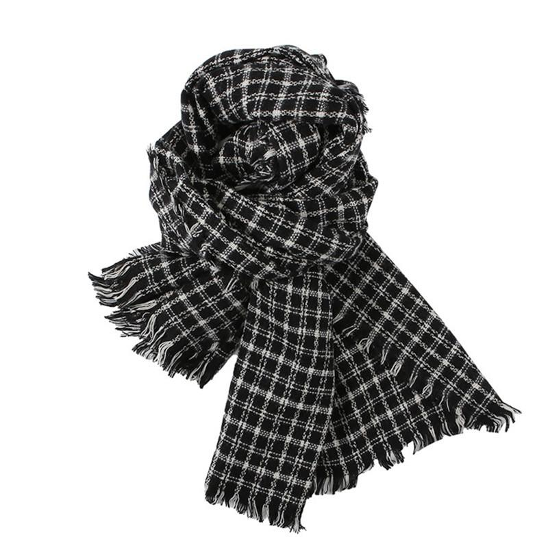 130950a7e03ba Christmas New Autumn And Winter Scarf Fashion And Warm Neck Cashmere Plaid  Soft Scarf Couple Shawl Mexican Bandana Burgundy Bandana From Handanxuebu,  ...