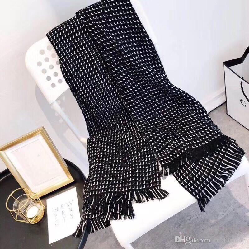Creative Designer Luxury Scarf Soft Cotton Yarn-Dyed Stripe Pattern Multicolor Top Designer Scarf Women Shawls free shipping