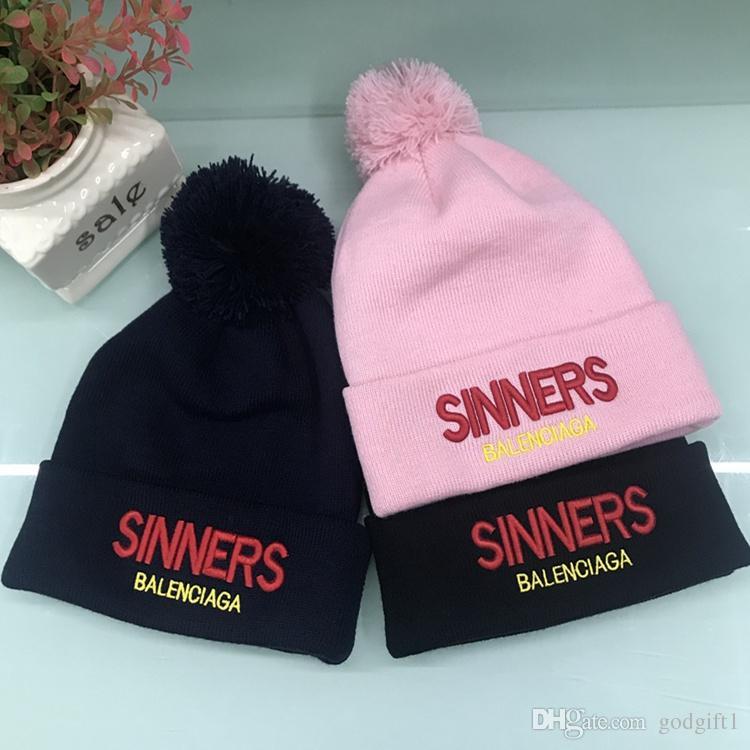 2019 2018 World Series Champions Red Sox Baseball Sports Beanies Womens  Mens Winter Beanies Warm Knit Hats Knitted Cap Sports Winter Street Hat  From ... 21a159de3c4