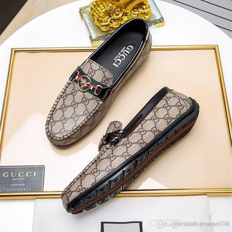 a71ae3f5b Novos Homens Da Moda Mocassins Flats Sapatos Flor Bordado Slip On Sapatos  Casuais Vestido Masculino Sapatos De Casamento Sapato Confortável IDZUI De  ...