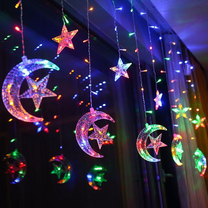 e0677ce8ffb Compre 2.5M 138 LED Luna Estrella Cortina Cadena De Luz De Hadas De  Vacaciones De Navidad Garland Luz Para La Boda Decoración Del Partido En  Casa A  37.41 ...