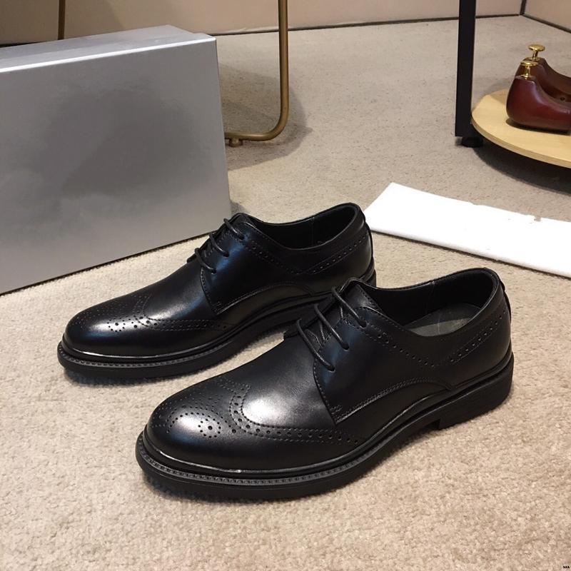 18ss 2019 Italia de alta calidad de cuero superior zapatos de boda para hombre zapatos de cuero de doble densidad suela de goma amarillo negro hombres