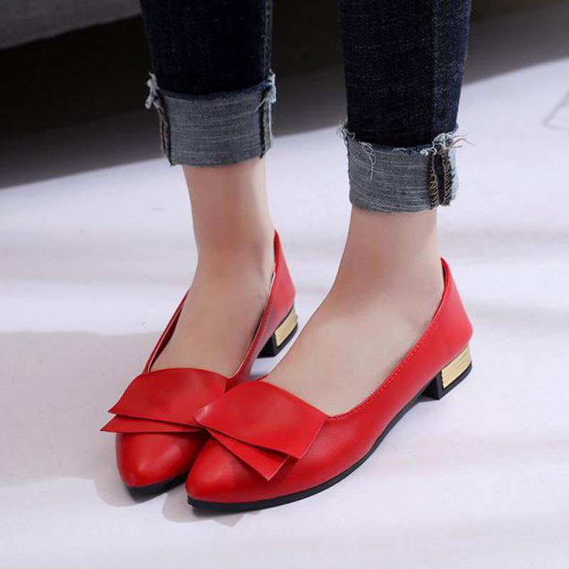 62a849f2a9a81c 2018 New Fashion Four Seasons Woman Flat Shoes Bow Design Pointed Toe Solid  Color Flat Shoes Vintage Women Flats Girl Loafer Indoor Soccer Shoes Oxford  ...