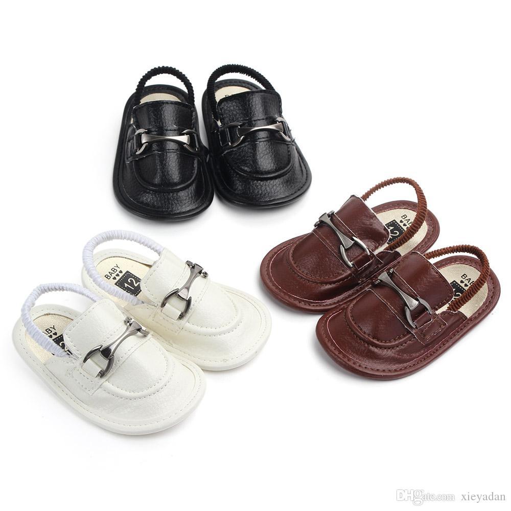 48a9fed515c Compre Recién Nacido Para Niños Y Niñas Zapatos De Suela Blanda Para Niños  Pequeños Zapatillas De Lona Zapatillas De Lona Para Niños Pequeños Para  Niños De ...