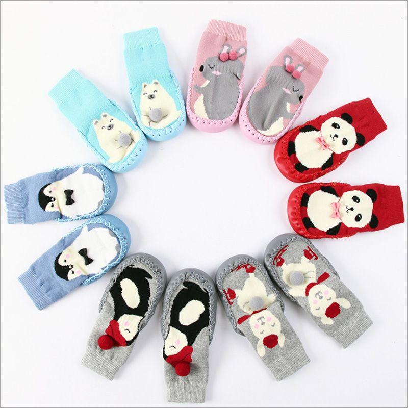 72997bab6b Compre Bebê Meia Sapatos Meias Bebê Recém Nascido Inverno Terry Grossa De  Algodão Meia Bebê Menina Com Solas De Borracha Animal Infantil Engraçado  Meia De ...