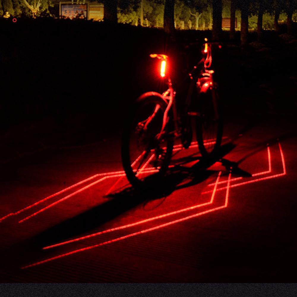 fc5a502ae Compre Dobrável A Laser Bicicleta Luz Dianteira Aviso De Segurança Traseira Bicicleta  Luz Usb Recarregável Cauda Traseira Lâmpada De Ciclismo À Prova D ' ...