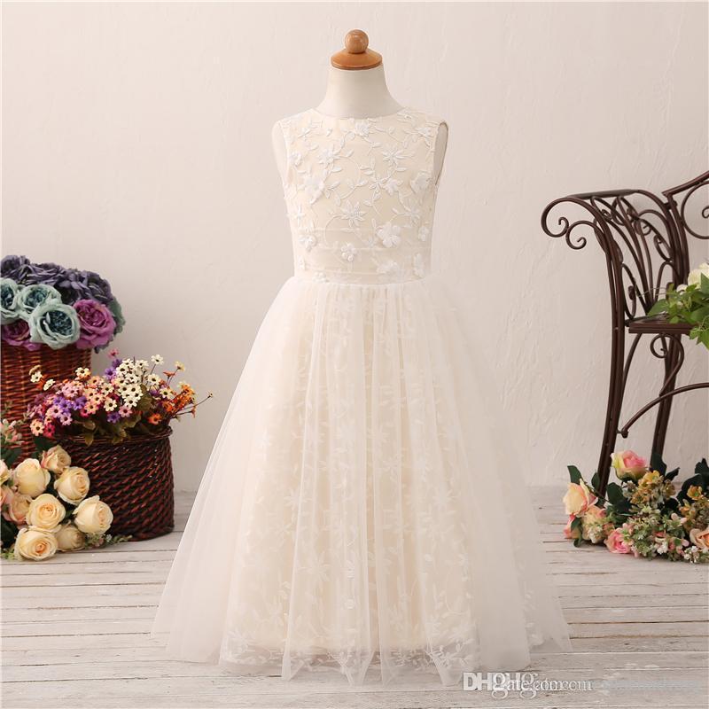689432835233a Sweet Flower Girl Dress Wedding Thin Lace 3D Flower First Holy Communion Dress  Baptism Dress Trailing Silk Flower Girl Dresses Smocked Flower Girl Dresses  ...