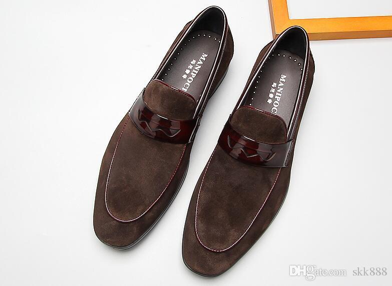 3dbf4281165 Compre Mocasines De Hombre Zapatos Mocasines De Gamuza Cuero Genuino  Vestido De Negocios Zapatos De Cuero Caballero De Estilo Británico Dedos  Redondos Pisos ...