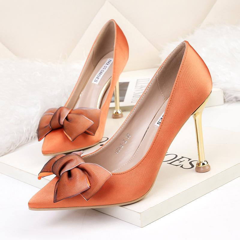 e81a4c05f922 Elegant OL Lady Banquet Party Dress Shoes Pointed Sexy Stiletto High Heel  Pumps Bow Satin 9.5cm Wedding Shoes 9888 2 Silver Heels Dress Shoes From ...