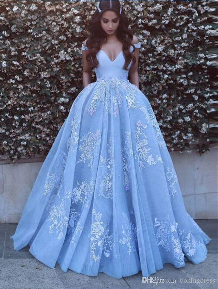 2019 Beautiful Baby Blue Prom Dresses With Lace Appliques Off The Shoulder A-Line Floor Length Elegant Formal Party Gowns Robe de soiree