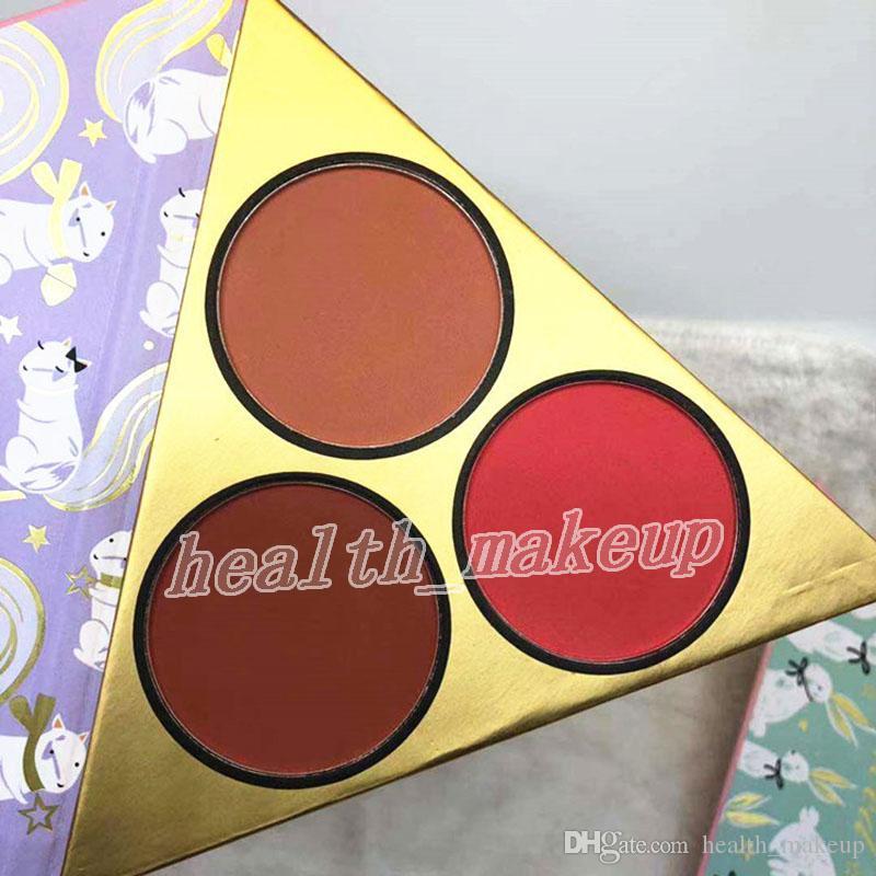 مجموعة ماكياج الوجه تحت شجرة عيد الميلاد يحتوي على اثنين من عينيه لوحة واحد أحمر الخدود أفضل من جنس ماسكارا 4IN1 هدايا مستحضرات التجميل