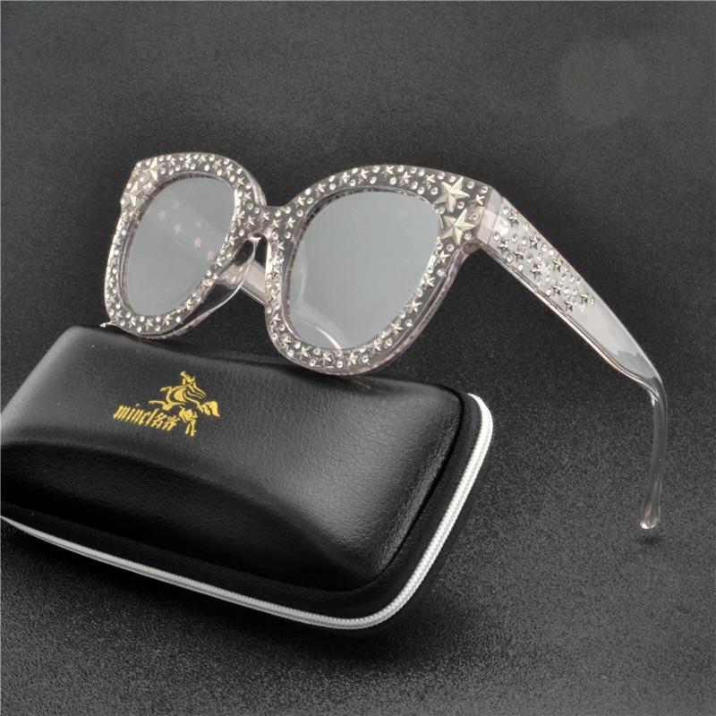 Compre Moda 2019 Gato Óculos De Sol Das Mulheres Designer De Marca De Luxo  Retro Óculos De Sol Feminino Quadrado Gradiente Óculos De Sol Rebites  Shades FML ... 44fb63f254