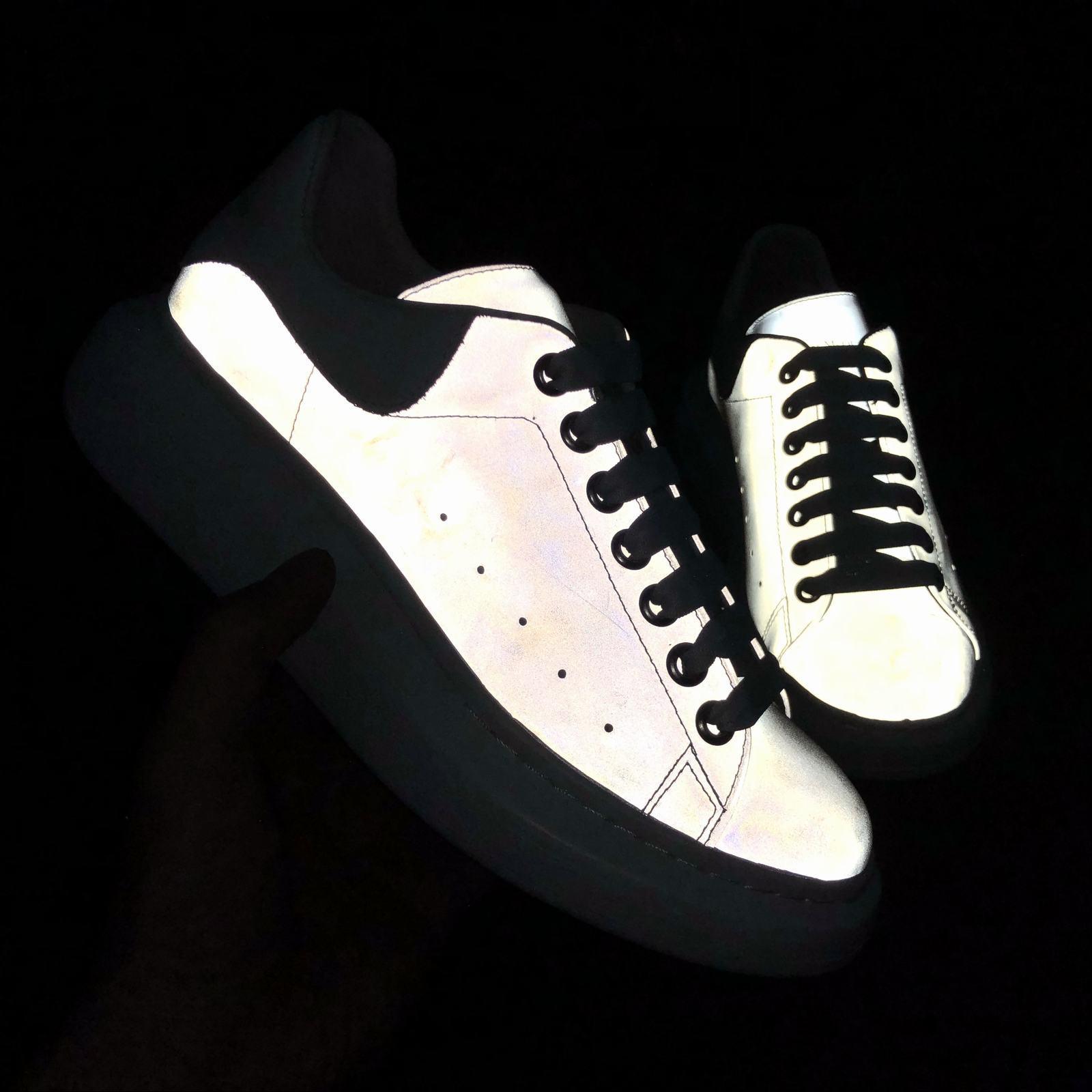 Acquisti Online 2 Sconti su Qualsiasi Caso reflective scarpe
