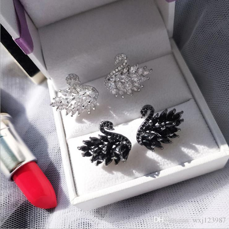 S925 silver pin small black swan micro inlaid sparkling crystal zircon temperament earrings