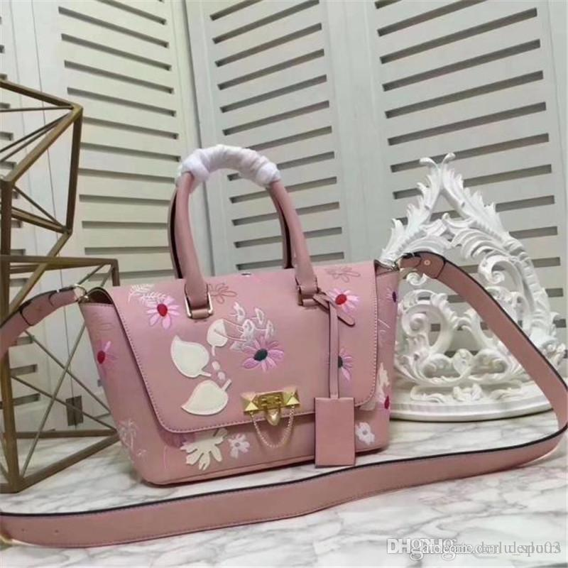 NEW Luxury Brand Women Bags Handbag Famous Designer Handbags Ladies Handbag  Fashion Tote Bag Women S Shop Bags Backpack Handbag Brands Cheap Bags From  ... 92e045ea9