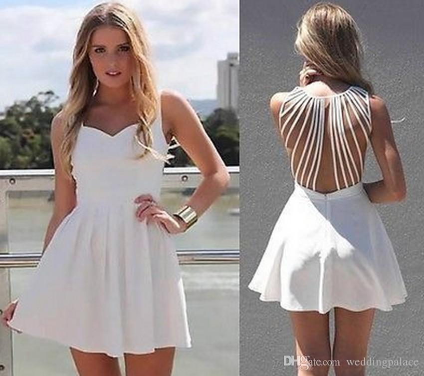 37cc9d903bc42 Satın Al Basit Tasarım Mezuniyet Elbiseleri Kısa Mini Draped V Yaka Özel  Durum Elbise A Line Sweety Backless Hollow Beyaz, $91.46   DHgate.Com'da