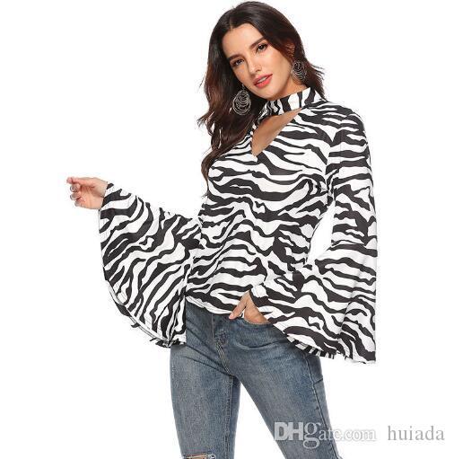 Дешевые женские сексуальные Зебра печати водолазка выдолбленные  расклешенные рукава блузка женщин 0fd3594375d0f