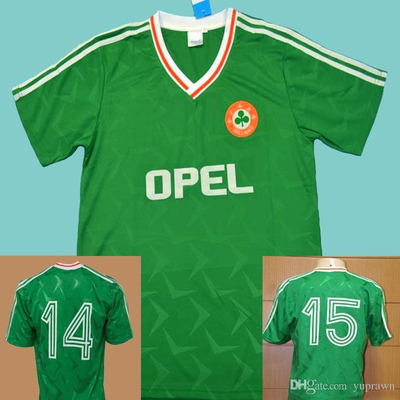 da4b0a8c6 Compre Ireland Retro Soccer Jersey Football Shirts 1990 1992 Irlanda Retro  Futebol Jersey Vintage Calcio MAGLIA Retro Camisa Verde 90 91 92 República  Da ...