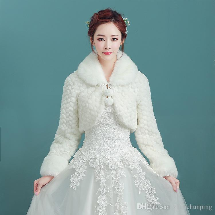 6995300fae 2019 Winter Brides Wedding Dresses White Long Collar Thickened Long Sleeve  New Fur Shawl From Zhaochunping