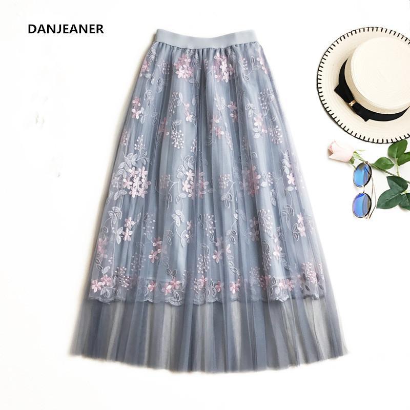 1eb894080 Venta al por mayor de verano floral bordado faldas de tul de cintura alta  una línea casual falda larga harajuku falda plisada faldas tutú mujer