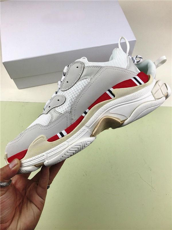 2018 High Quality brand Paris 17FW Triple-S Sneaker Casual Luxury Dad Shoes for Men Women Beige Black Sports Tennis Running Shoe