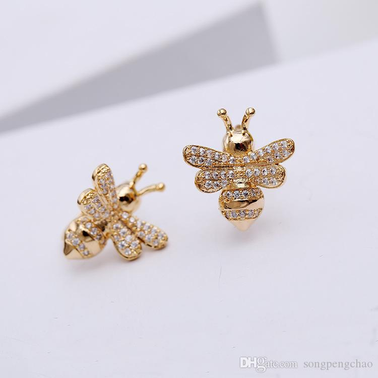 New fashion cute student bee earrings female sterling silver needle cute small animal crystal diamond ear clips wild personality earrings