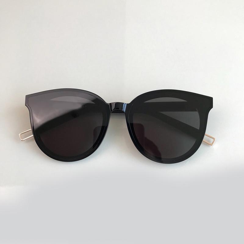 Acheter Lunettes De Soleil Rondes Vintage Pour Femme 2019 Marque Designer  Oculos De Sol Feminino Mode Lunettes De Soleil Vintage De Haute Qualité De   91.9 ... d1c9ca2f58a4