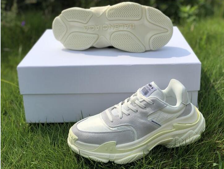 11fd20618c93 17FW Triple S Sneaker Triple S Luxury Dad Shoes For Mens Beige Black Sports Triple  S Fashion Luxury Designer Women Shoes Sports Shoes Womens Shoes From ...