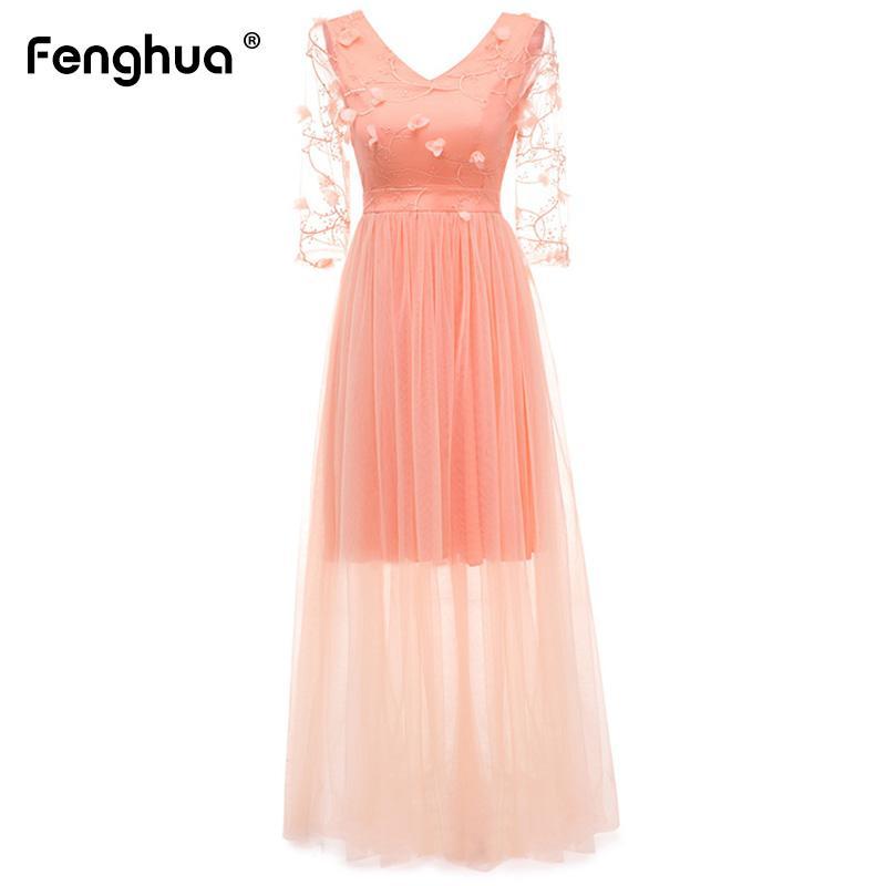 d3f173aff Compre Vestido Largo De Primavera Verano 2019 Elegante Bordado Floral De  Encaje Vestidos De Fiesta Mujer Sexy Cuello En V Gasa Vestido De Bola Vestido  Maxi ...