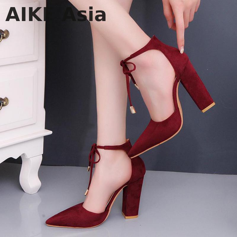 1e3bb0c2ac56f4 Großhandel Designer Kleid Schuhe Sexy Retro High Heels Damen Sandalen  Sommer Damen Riemchen Pumps Dünne Luft Heels Frau Schnüren Sandalen Von  Ru55