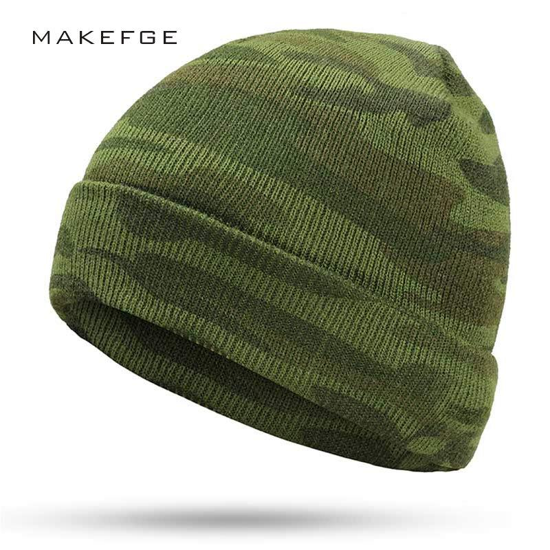 09e654efb9a5b Winter 2019 Men s Knit Camouflage Hats Winter Ms. Warm New Gorros Touca  Camouflage Tactical Outdoor Warm Green Army caps bone