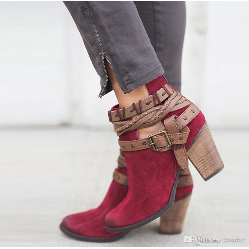 3508b7b23 Compre MCCKLE Moda Feminina Outono Bloco Ankle Boots Salto Plus Size  Feminina Rebites Fivela Sapatos De Salto Alto Senhoras PU Calçado De Couro  De Faveran, ...
