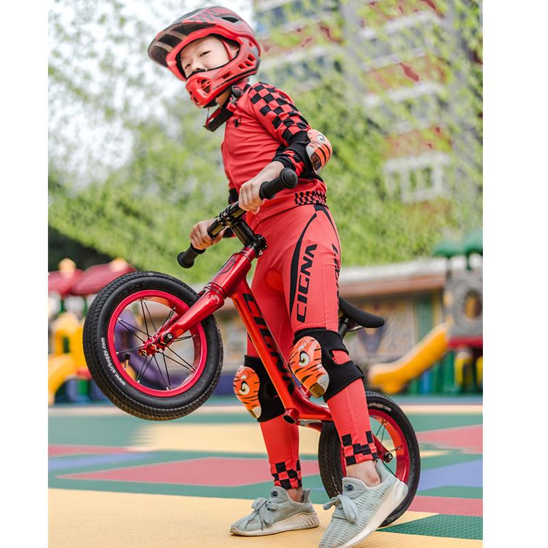 2019 New Full Covered Bike Helmet With Cycling Jersey Sets For Kid Team  Outdoor Sports Full Face Safety Helmet Long Sleeves Sets UK 2019 From  Emmanue f11d8f3d4